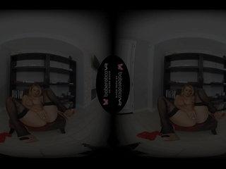 Alone blonde lady, Natalia Starr is masturbating, yon VR