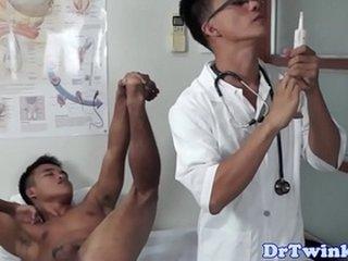 Asian twink doctor rims patients ass